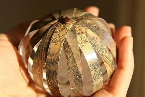 paper ball ornaments     bauble papercraft