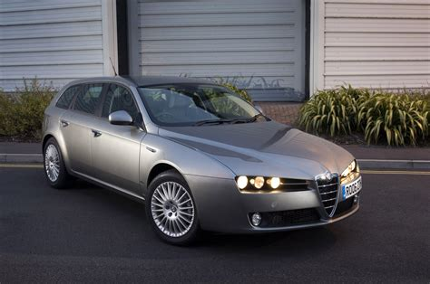 Alfa Romeo 159 Sportwagon by 2006 Alfa Romeo 159 Sportwagon Pictures Information And