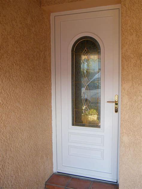 porte d entree isolante pose d une porte d entr 233 e isolante en pvc pr 232 s de rochefort