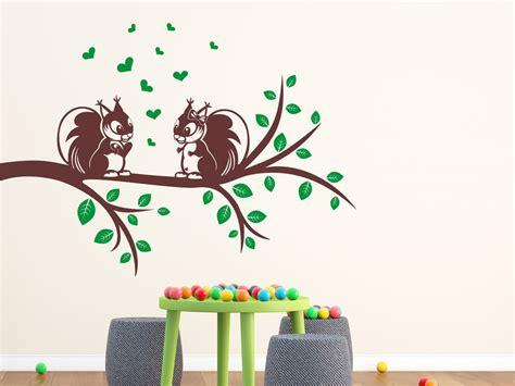 Wandtattoo Kinderzimmer Eichhörnchen by Wandtattoo Ast Mit Eichh 246 Rnchen Wandtattoo Net
