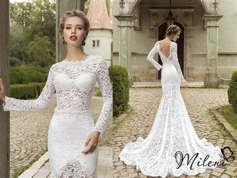 Wedding Dresses With Sleeves : Very Elegant And Beautiful Lace Wedding Dress. Slimming