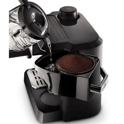 Just like drip coffee, espresso tastes best when the water is between 195 and 204 degrees. DeLonghi Combination Coffee & Espresso Maker & Reviews | Wayfair