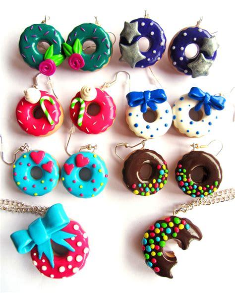 faire bijoux en pate fimo bijou fimo donuts
