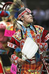 Chicken Dance at Saddle Lake Powwow | Ammsa.com