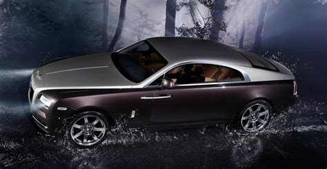 rolls royce wraith  price tag  match ghost