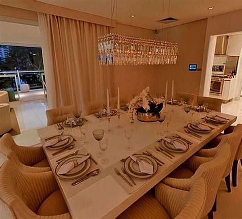mesa jantar laca branca    cabem ate