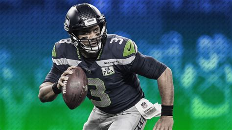 russell wilson seahawks agree  record breaking contract