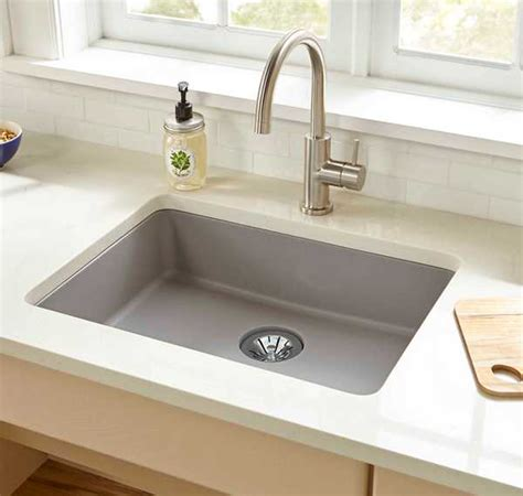 elkay sinks kitchen quartz classic kitchen sinks elkay 3558