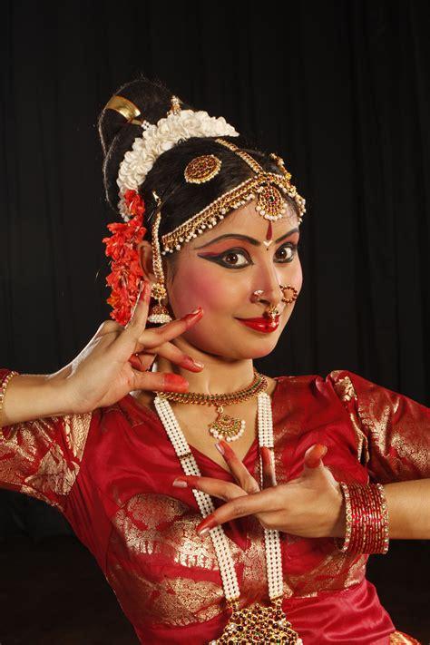 book ayana mukherjee  event request ayana mukherjee