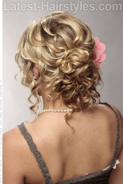 Updo Hairstyles For Curly Medium Length Hair by 28 Easy Updos For Hair 2019 Trends Updo