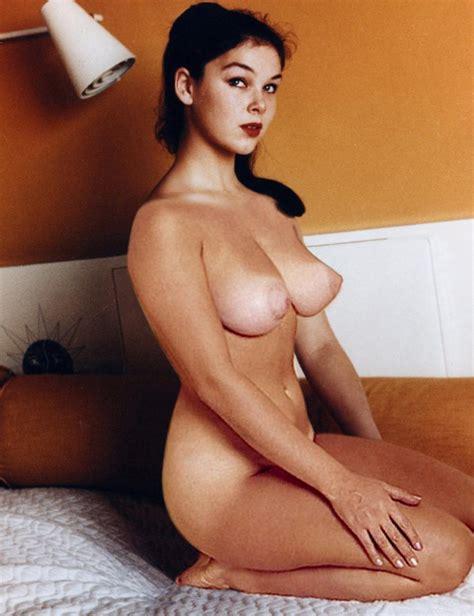 Naked Yvonne Craig Nude Photos