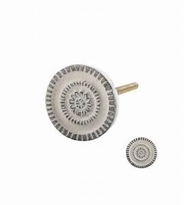 Bouton De Meuble Vintage : bouton de meuble vintage ornement en fer blanchit patin ~ Melissatoandfro.com Idées de Décoration