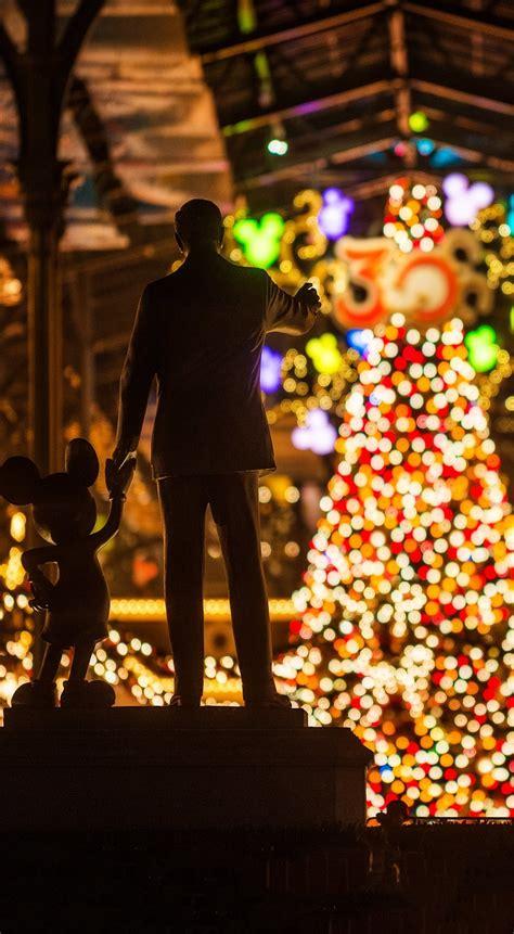 Disney park christmas, design, dalmatian, door, stairs. Free Disney iPhone Wallpapers - Disney Tourist Blog