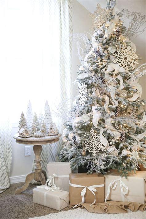 decoracion de arboles navidenos  anaden  toque