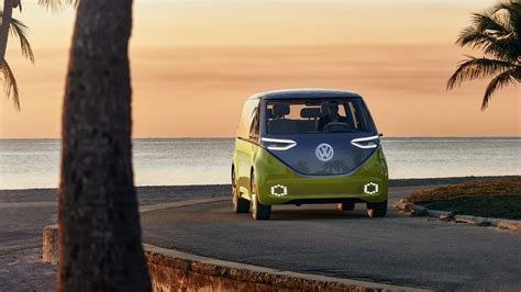 volkswagen  robots    charge  electric