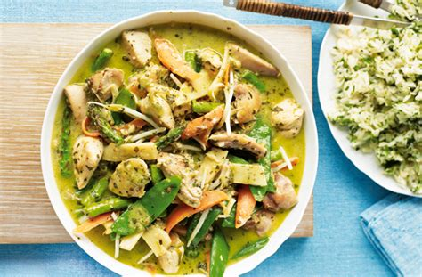 thai kitchen green curry chicken recipe thai green curry recipe goodtoknow 9455
