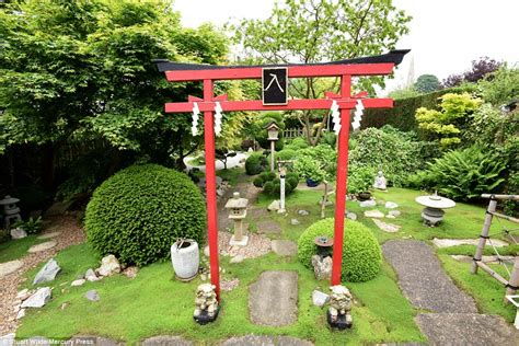Types Of Gardens : Welbourn Blind Pensioner Spends Years Creating Japanese