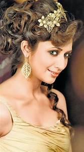 Holi Diwali Status: Yeh Hai Mohabbatein TV Serial Ishita (Divyanka Tripathi) New Hot HD Pics Free