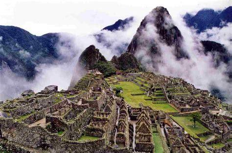 Travel Plea Machu Picchu Peru