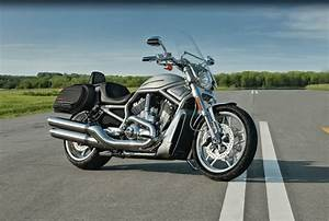 Harley V Rod : 2011 harley davidson v rod 10th anniversary edition review top speed ~ Maxctalentgroup.com Avis de Voitures