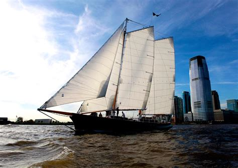 Sailing Boat Nyc by Sailing In New York Harbor Aboard Schooner America 2 0