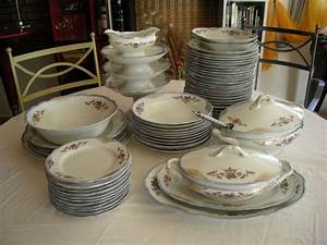 Service Vaisselle Complet Pas Cher : avis service de table complet 12 personnes vaisselle maison ~ Teatrodelosmanantiales.com Idées de Décoration