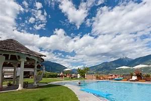Gartenparadies mit freibad und whirlpool pension for Whirlpool garten mit hotel mit whirlpool auf balkon südtirol