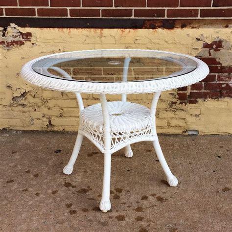 white round outdoor table white sand outdoor resin table fenrez com gt sammlung von