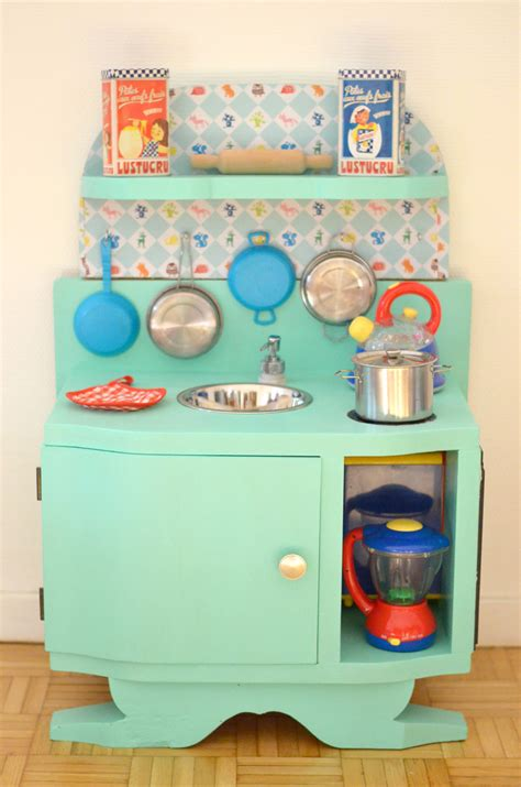 cuisine dinette en bois diy une cuisine enfant en bois à fabriquer à partir de
