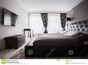 chambre a coucher de luxe dans la couleur grise photo With chambre a coucher couleur