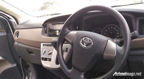Toyota Calya Backgrounds by Toyota Calya Mini Mpv Arrives At Dealerships In 15 Images