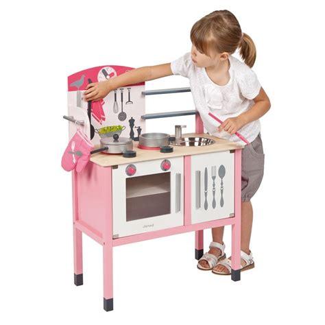 cuisine en bois jouet janod maxi cuisine mademoiselle janod cuisine enfant en bois