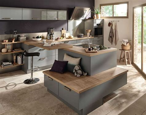 ilot cuisine table charmant modele de cuisine avec ilot central et modele