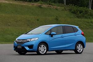 2017 Honda Fit Vehicle Review