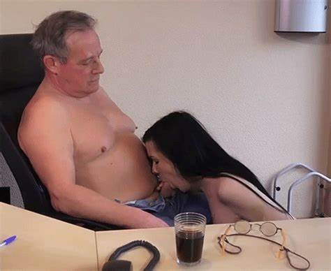 Man Is Amusing Student Girl And Mum With Banging
