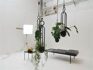 Makramee Blumenampel Kaufen : h ngende blumenampel vase von zascho petkow f r atelier ~ A.2002-acura-tl-radio.info Haus und Dekorationen