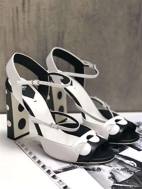 fendi black  white polka dots heel sandals