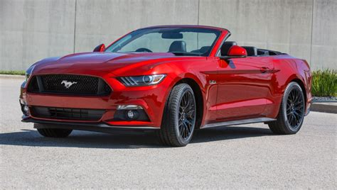 Ford Mustang Is The World's Best-sold Sportscar In 2015