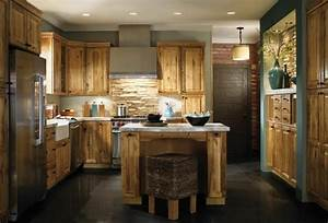 cuisine ancienne pour un interieur convivial et chaleureux With best brand of paint for kitchen cabinets with papier peint retro