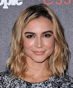 Samaire Armstrong Hairstyles in 2018
