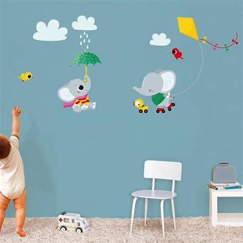 chambre bebe elephant stickers muraux decoration chambre bebe elephant cerf