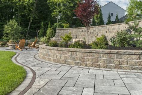 unilock buffalo choosing the right unilock product for your retaining wall