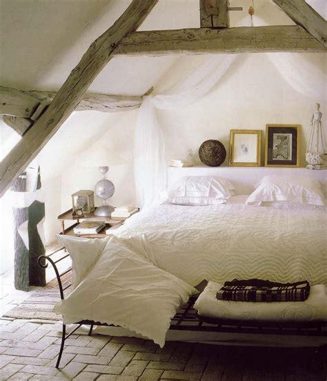 chambre sous comble chambre sous combles sous les toits