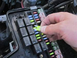 2002-2008 Dodge Ram 1500 Fuse Replacement  2002  2003  2004  2005  2006  2007  2008