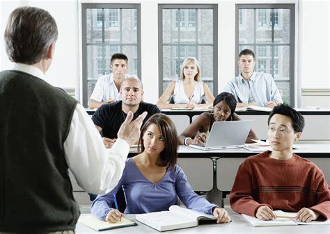benefits drawbacks  law school  prep courses law