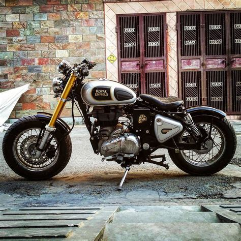 Estrella And Royal Enfield Bullet 350 by Classic 350 Modified Royal Enfield