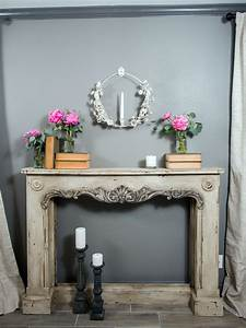 Photos hgtv39s fixer upper with chip and joanna gaines hgtv for Kitchen colors with white cabinets with buddha 3 piece wall art