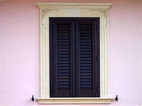 cornici finestre cornice in pietra lavorata per finestre la pietra taurina