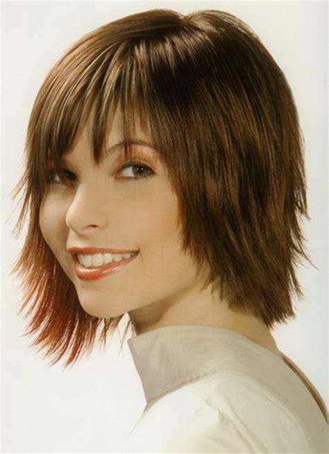 short  medium hairstyles  bangs