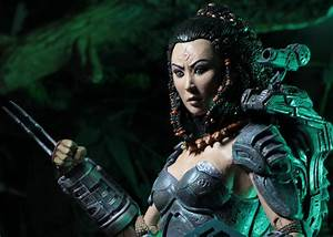 NECA's New Wave of 'Predator' Toys Includes First Female ...